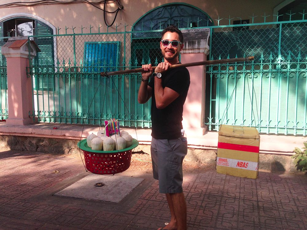 Beware of the coconut scam in Ho Chi MInh City