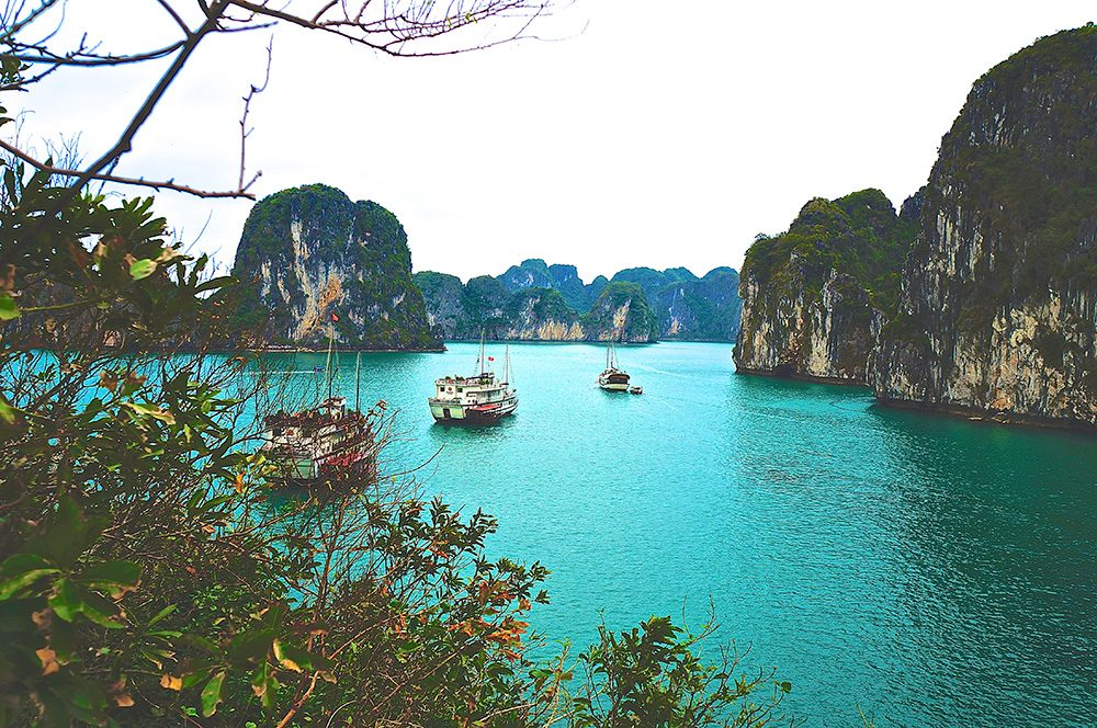 2017 new years adventure resolutions halong bay